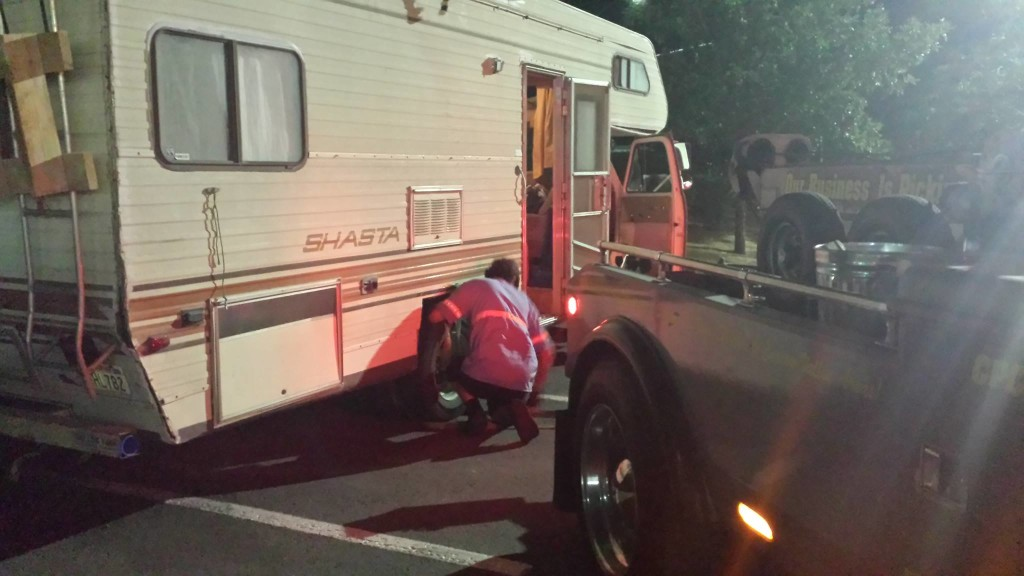 First of the RV breakdowns. A total of two flats, two tires came off, the propane pipe teared, step broke, roof leaked and the headlight burned out !!